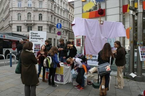 Straßenaktion_Wien_Aktionswoche 054