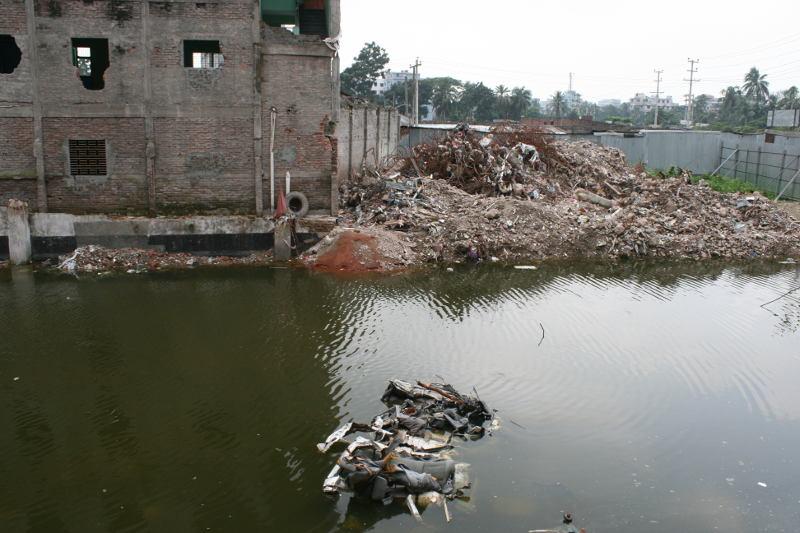 Photo vom Werksgelände Rana Plaza nach dem verherenden Einsturz