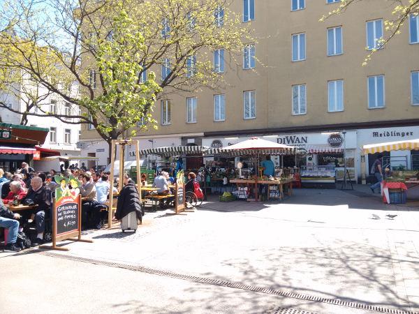 Einkaufen in der Stadt: Ein Besuch am MeidlingerMarkt.