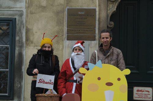 SUPPLY CHA!NGE – Make Supermarkets Fair: vor dem Österreichischen Museum für Volkskunde