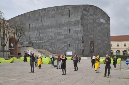 Südwind Magazin | Flash Mob in Wien